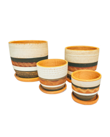 RED, BLACK & WHITE ENGRAVED HIGH CURVED POT SET X4