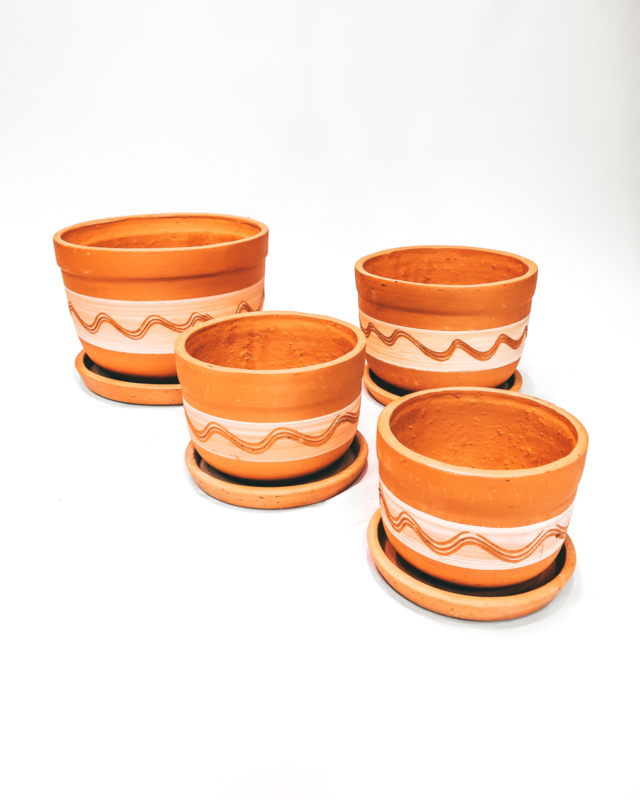 white engraved curved pot set X4 - REF 013