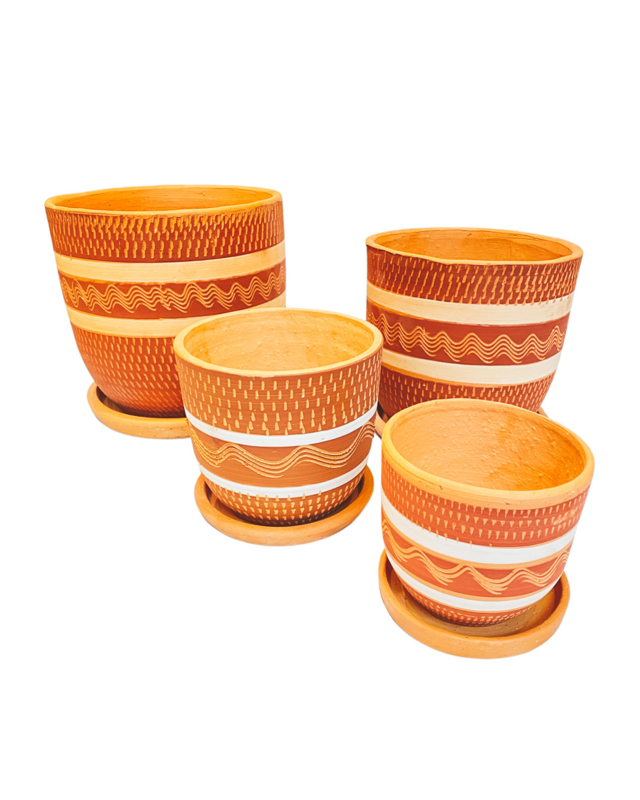 RED & WHITE ENGRAVED HIGH CURVED POT SET X4