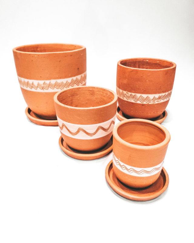 white engraved high curved pot set X4 - REF 019