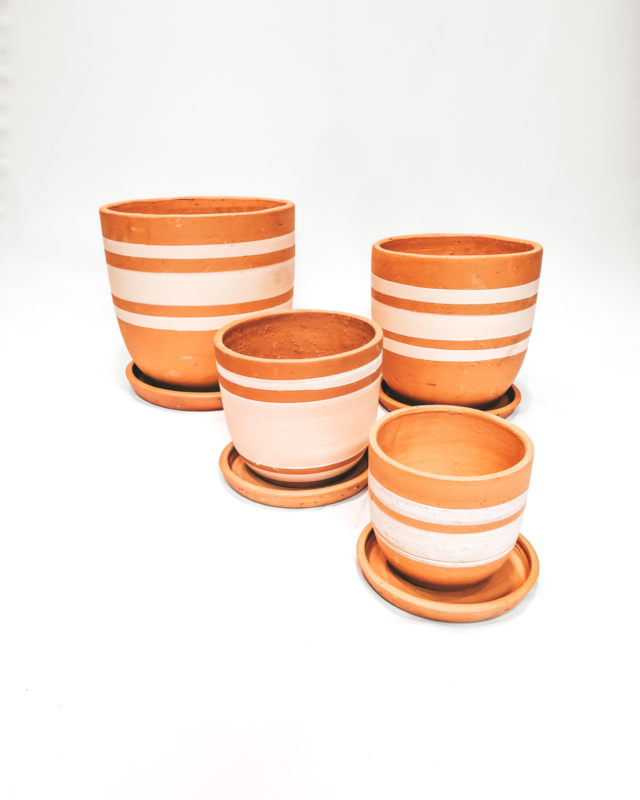 white lines high curved pot set X4 - REF 021