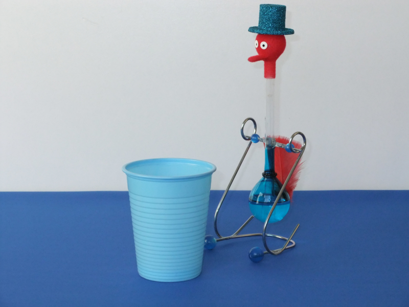 magic drinking bird blue