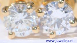 18 kt gouden oorbellen 0.80 ct diamanten briljanten