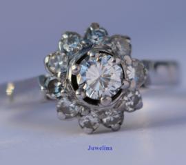 VERKOCHT 18 kt gouden ring 0.65 ct diamanten