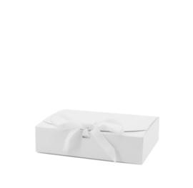 Giftbox Medium White (Extra Firm)