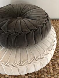 Velvet kussen SAND (doorsnede 60 cm.)