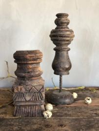 Oud hout ornament