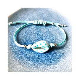 Blauw gestippeld - Kauri schelpenbandje (een schelpje)