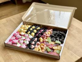 Veggie verrassing snoepbox (Maat L)   Snoepboxen