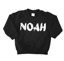 Sweater met naam zwart