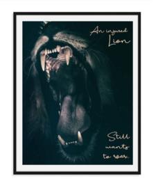 An injured lion - Doorzetter poster