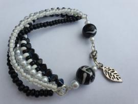Zwart witte armband