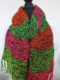 Sjaal zwart met neonkleuren.