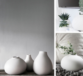 Källa ceramic vase
