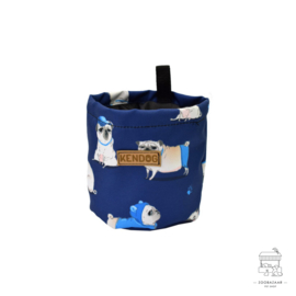 KenDog Een zakje voor hondensnoepjes - Pugs marineblauwe