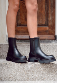Inta boot black