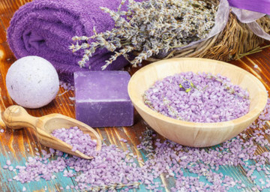 Artisanale lavendelscrub & ontspannende massage