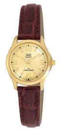 Q & Q Dames horloge model 024