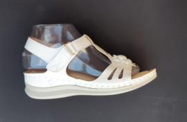 YQ 2005 sandaletten wit  maten 36 t/m 41