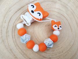 Petit renard orange