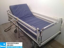 21 PCS. STIEGELMEYER 2-SECTION ELEKTRIC HOSPITALBED NR 27