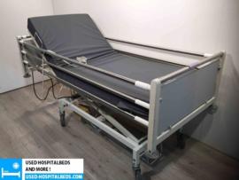 8 PCS. STALO MEDICO 2-SECTION ELEKTRIC HOSPITALBED NR 66