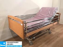 27 PCS. HAELVOET 3-SECTION ELEKTRIC USED HOSPITALBED NR 38