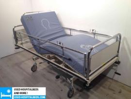 7 PCS. OOSTWOUD AP 2-SECTION HYDRAULIC HOSPITALBED NR 11A