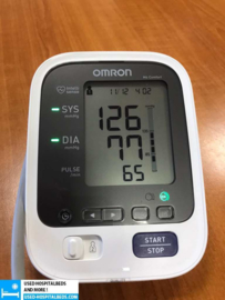 1 PCS OMRON BLOOD PRESSURE METER