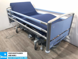 80 PCS WISSNER BOSSERHOFF LINET LATERNA 3-SECTION ELEKTRIC HOSPITALBED 42A