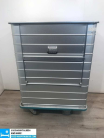 laundry trolley with drain tap