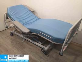11 PCS. LIKAMED DIALYSE BEDS