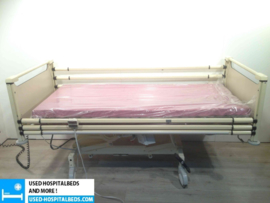 17 PCS. SCHELL 2-SECTION ELEKTRIC HOSPITALBED NR 08