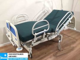 4 PCS. HUNTLEIGH CONTOURA SEMI IC HOSPITALBED