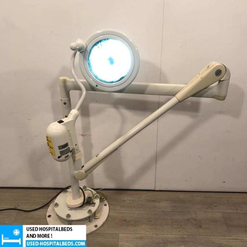1 PCS. HANNAULUX OPERATING THEATRE LAMP HEIDELBERG