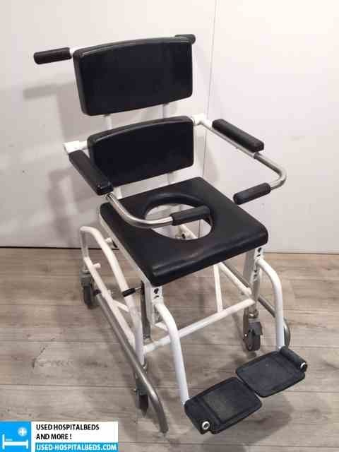 1 pcs toilet chairs on wheels