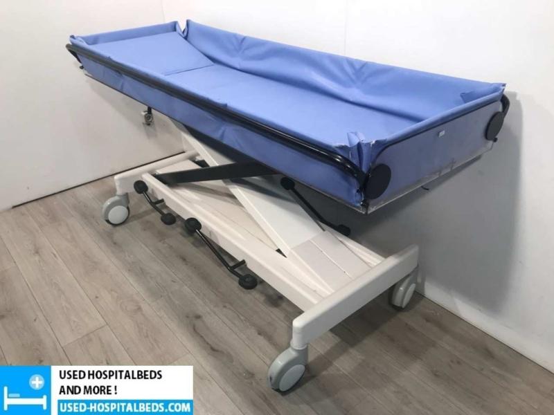 Lopitar hydraulic manual shower brancard