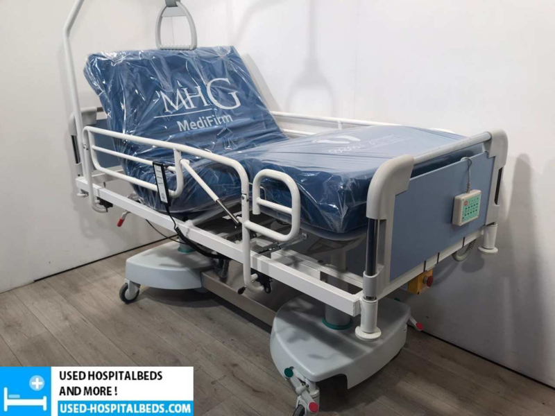 4 PCS. VERMEIREN SEMI IC OBESITAS HOSPITALBED