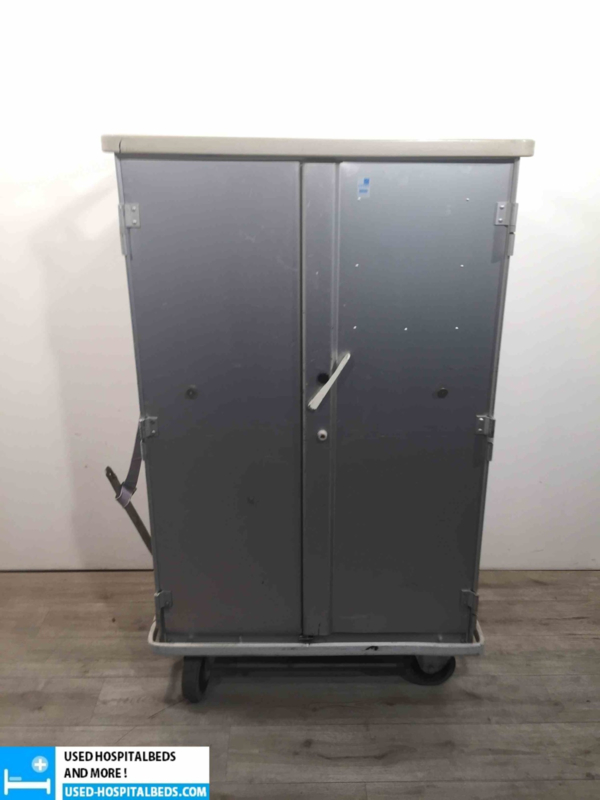insulated food distribution trolley