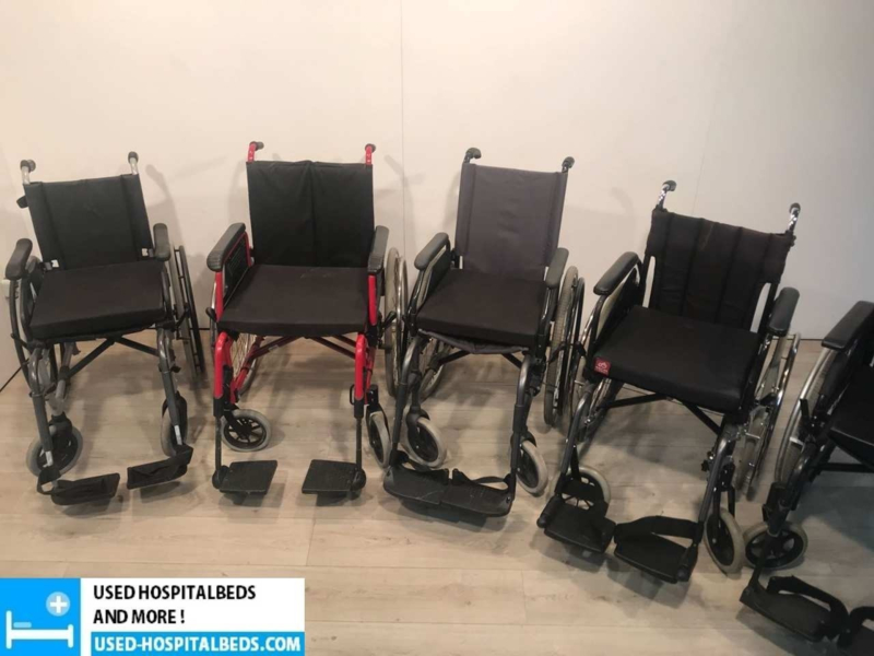 Light weight wheel chairs