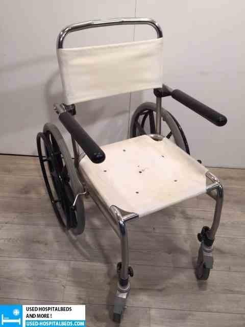 1 pcs shower wheel chairs