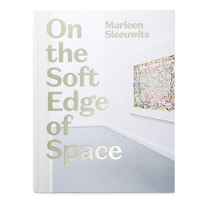Fotoboek On the Soft Edge of Space