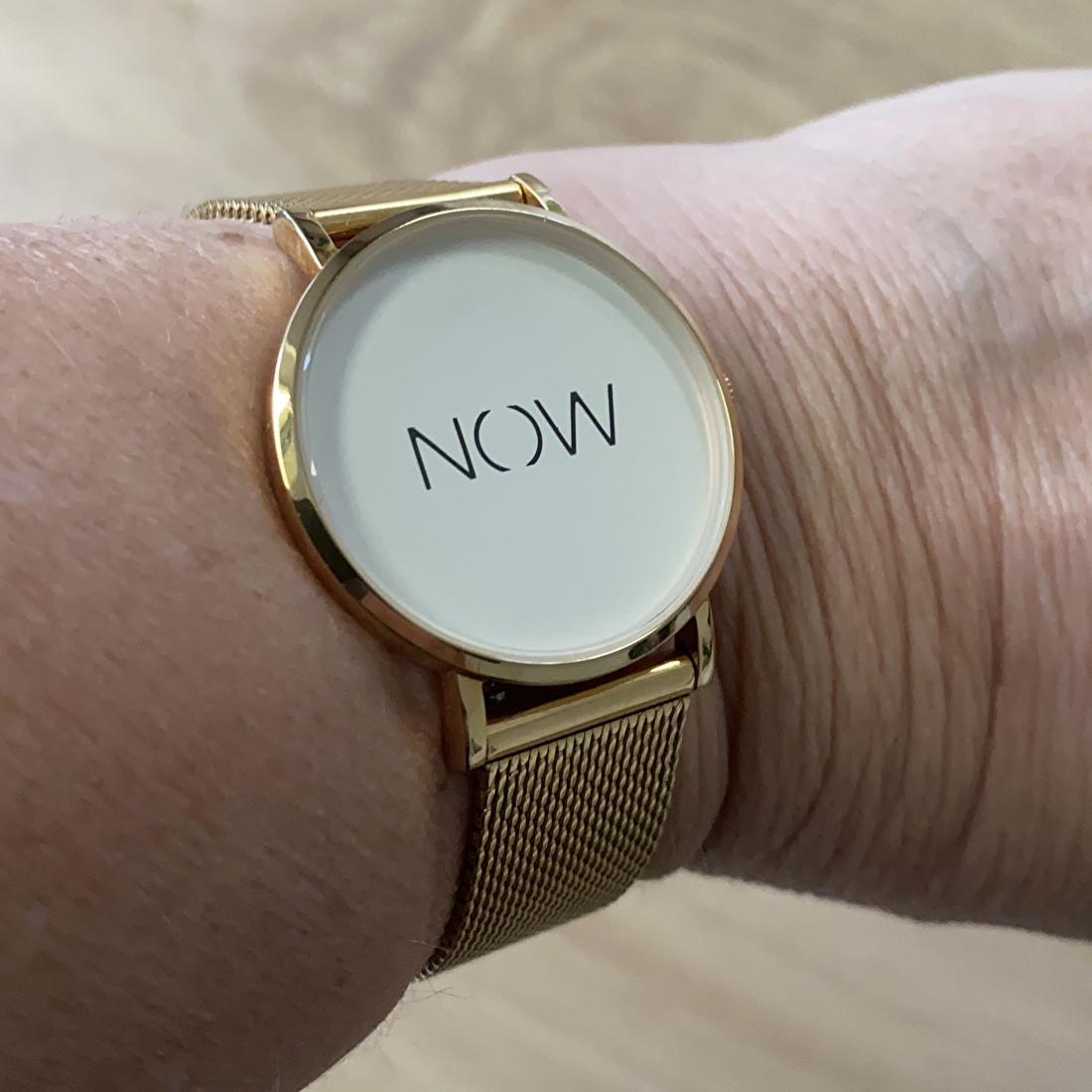 Horloge now leven in het nu Hart voor Kaas