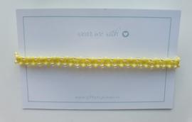 Geknoopte armband met miyuki glaskralen geel