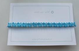 Geknoopte armband met miyuki glaskralen licht blauw