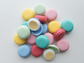 Lippenbalsem met shea butter macaron