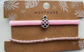Armbandjes roze ananas