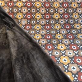 Purring furs retro bloem bruintinten