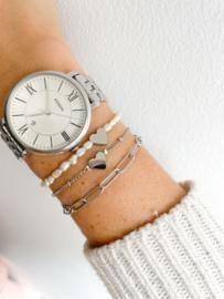 Armbandje parels met hartje zilver
