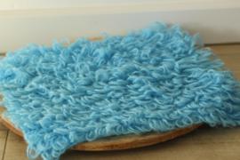 Mohair ruffle blanket lichtblauw